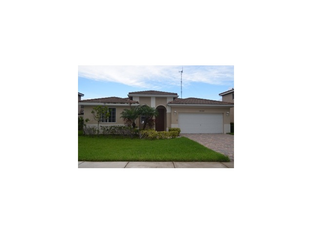 1255 Nw 204th St, Miami, FL 33169