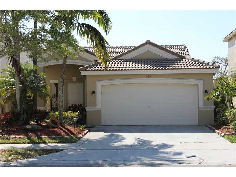 494 Conservation Dr, Weston, FL 33327