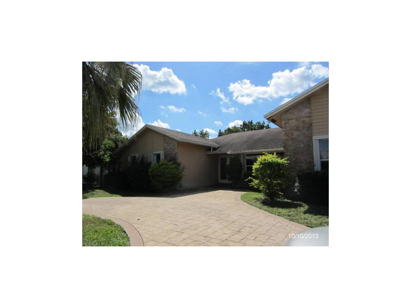 7880 Nw 14th St, Plantation, FL 33322
