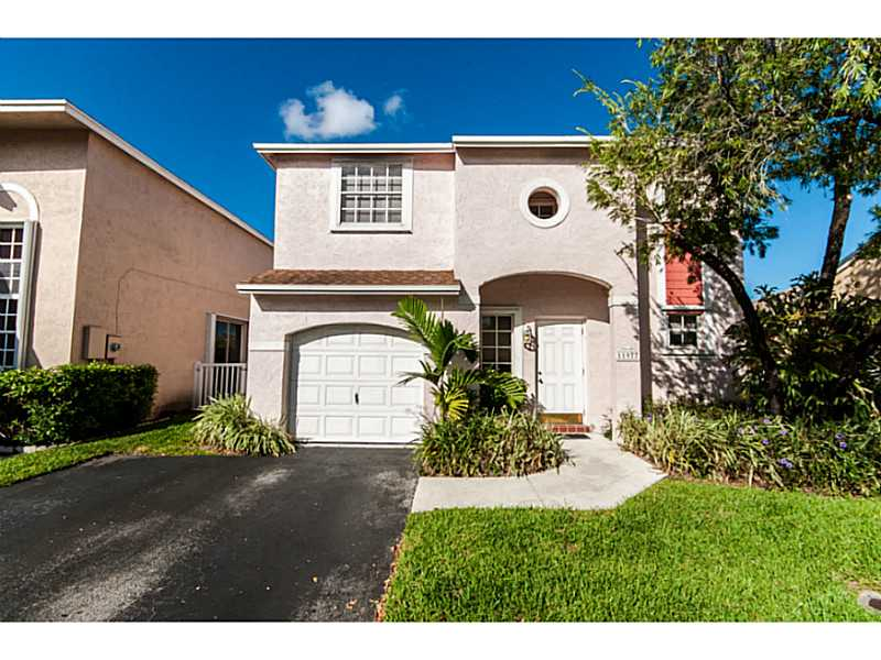 11977 Nw 12th St, Pembroke Pines, FL 33026