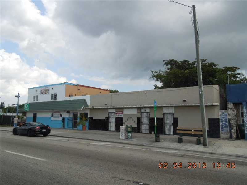 9505 NW 27th Ave, Miami, FL 33147