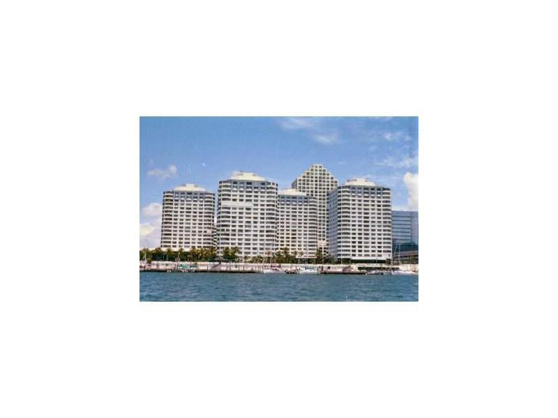 801 Brickell Bay Dr # 362, Miami, FL 33131