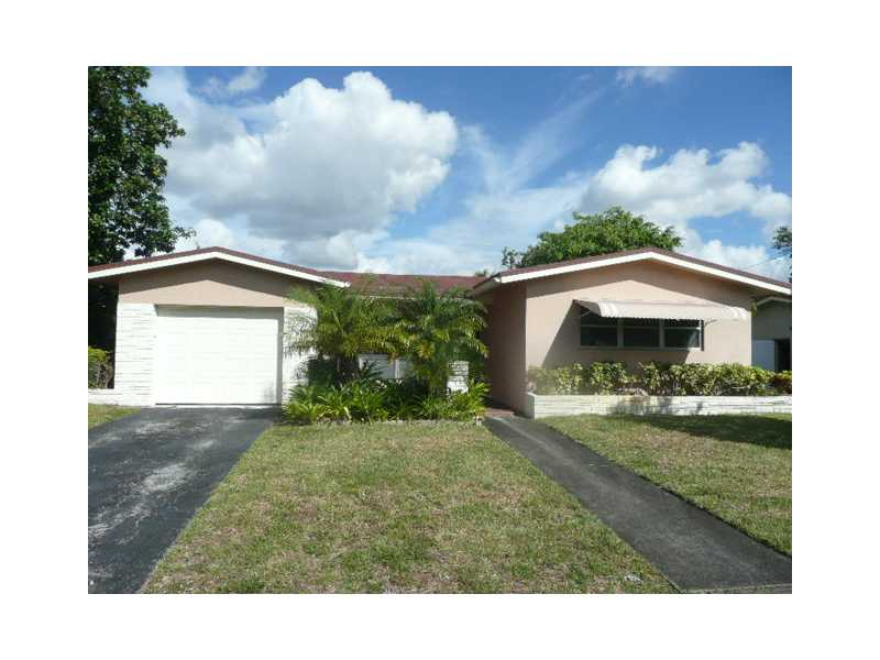 5431 Lincoln St, Hollywood, FL 33021