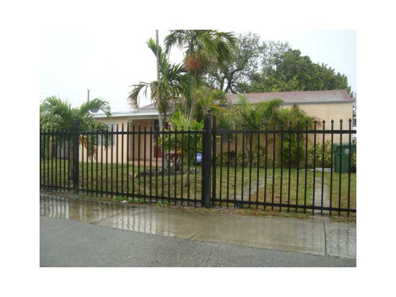 1031 Nw 30th Ct, Miami, FL 33125