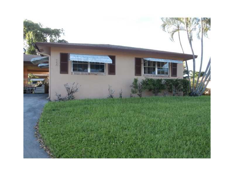 742 Whippoorwill Ln # 7420, Delray Beach, FL 33445