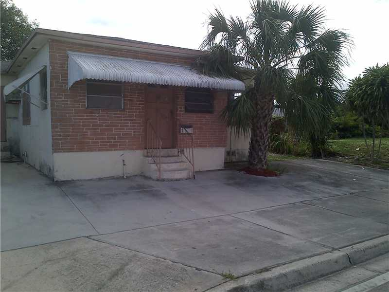 107 Nw 11th St, Hallandale, FL 33009