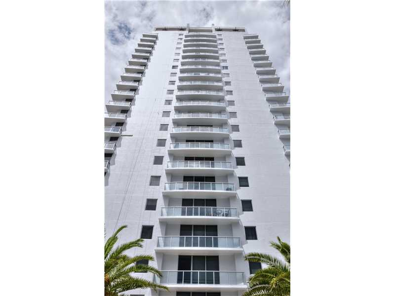 1050 Brickell Ave # 1720, Miami, FL 33131