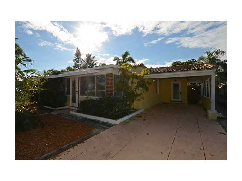 813 SW 9TH TE, Fort Lauderdale, FL 33315