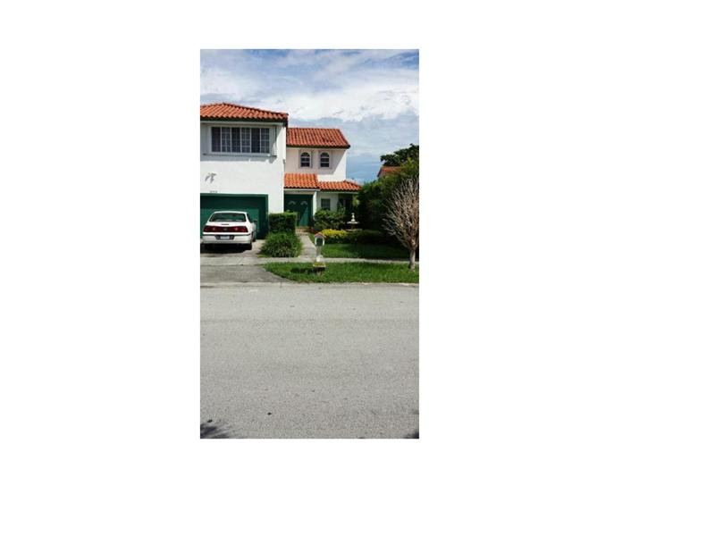 6763 SW 106th Pl, Miami, FL 33173