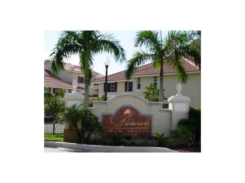734 NE 90 St # 304, Miami, FL 33138