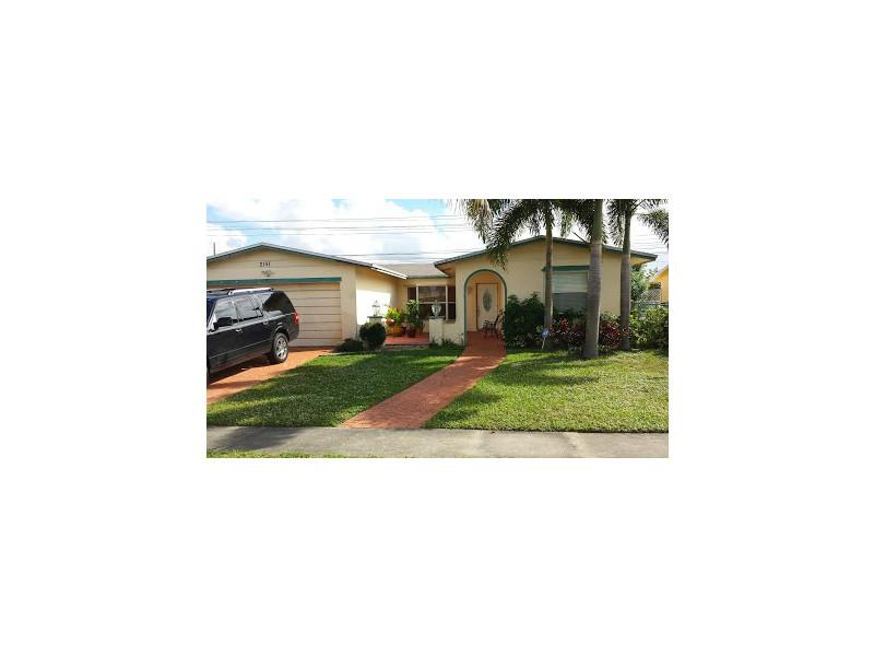 2151 Nw 93rd Ave, Hollywood, FL 33024