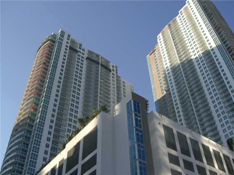 951 Brickell Ave # 3301, Miami, FL 33131