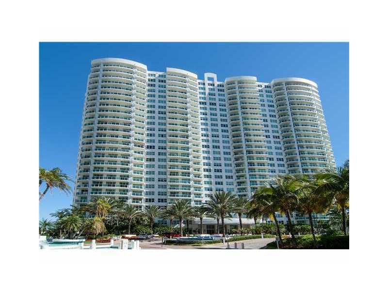 20201 E Country Club Dr # 809, Aventura, FL 33180
