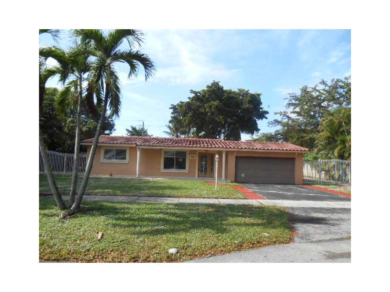 6580 LAKE BLUE DR, one of homes for sale in Miami Lakes