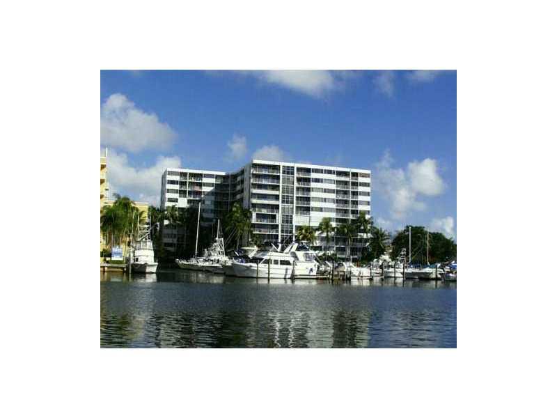 1700 NW N River Dr # 101, Miami, FL 33125