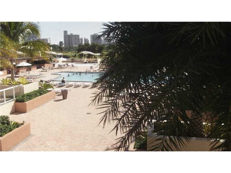 20301 W Country Club Dr # 427, Aventura, FL 33180