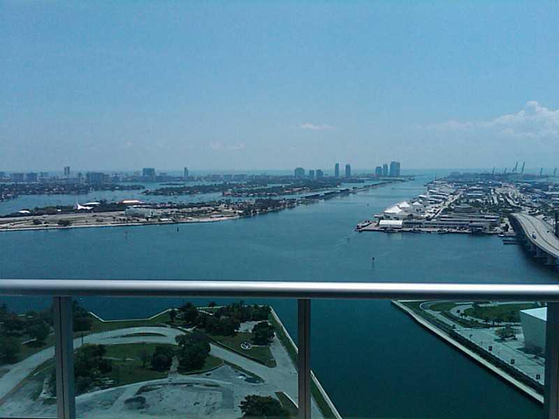 900 Biscayne Bl # 3704, Miami, FL 33132