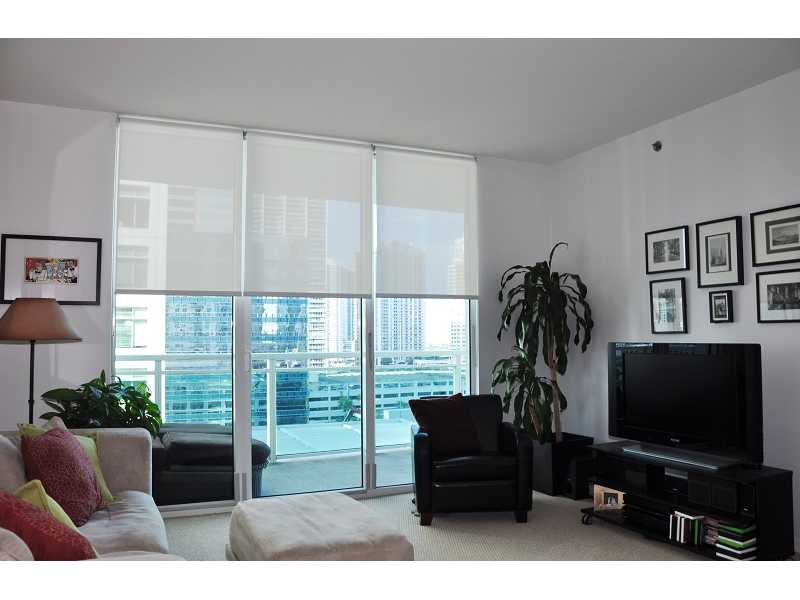 950 Brickell Bay Dr # 1204, Miami, FL 33131