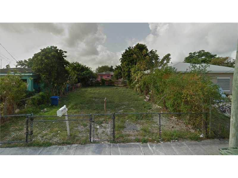 1740 NW 66th St, Miami, FL 33147