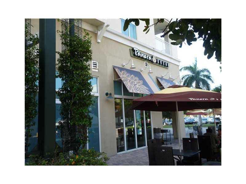 7265 SW 89 St # A712, Miami, FL 33156