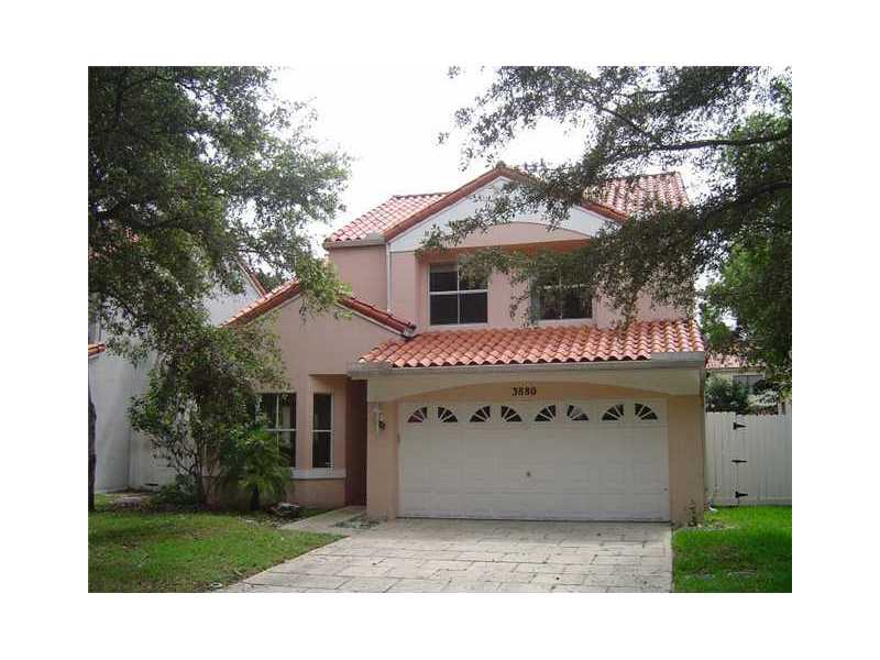 3880 Amalfi Dr, Hollywood, FL 33021
