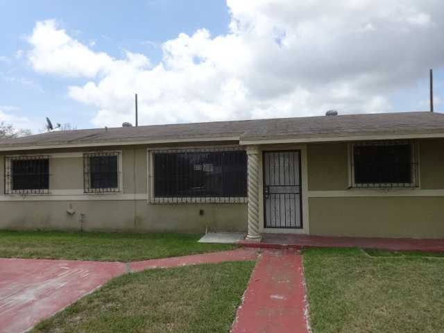 2270 NW 177th Ter, Miami Gardens, FL 33056