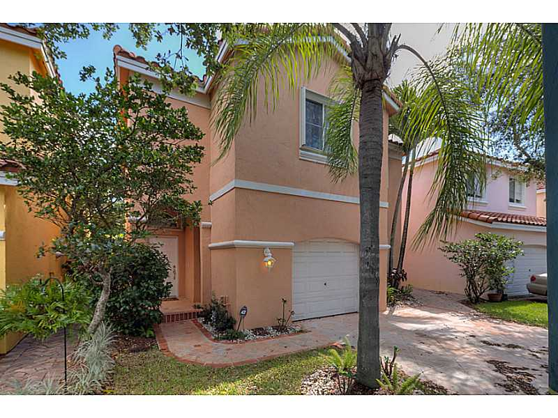 1731 E Trafalgar Cir, Hollywood, FL 33020