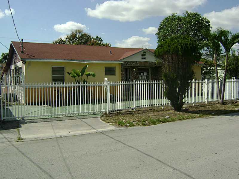 3006 SW 24th St, Miami, FL 33145