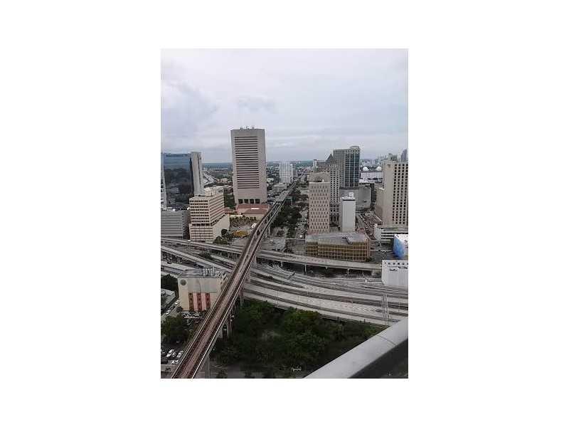 90 SW 3 St # 3306, Miami, FL 33130