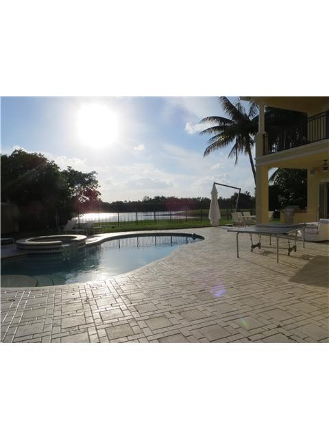Real Estate for Sale, ListingId: 27401162, Hollywood,FL33019