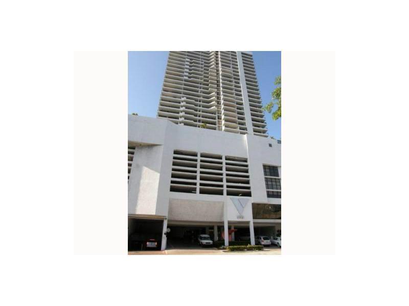 555 Ne 15 St # Ph-d, Miami, FL 33132