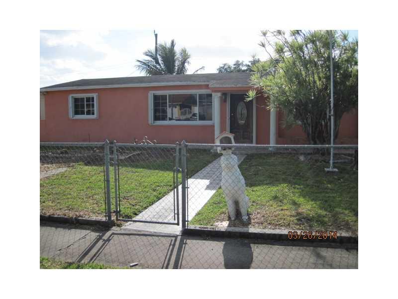 1440 W 4th Ln, Hialeah, FL 33010