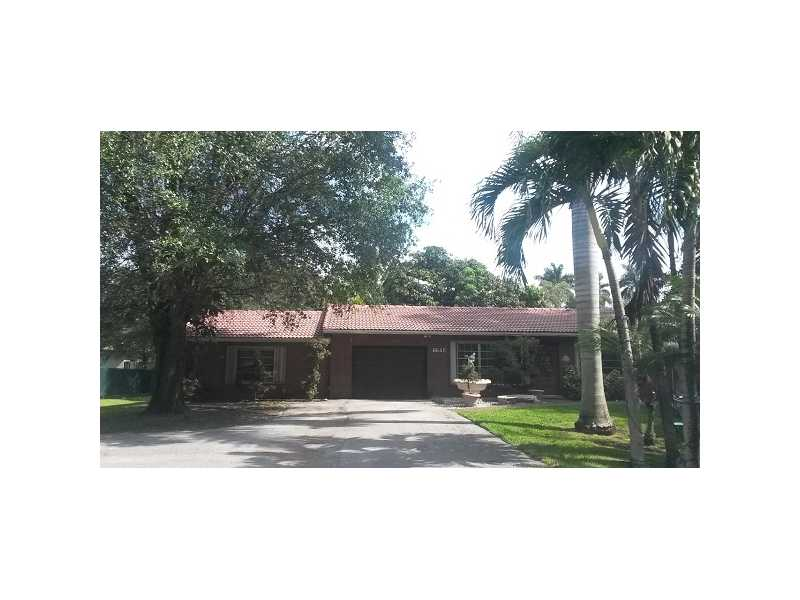 6645 Sw 49th St, Davie, FL 33314