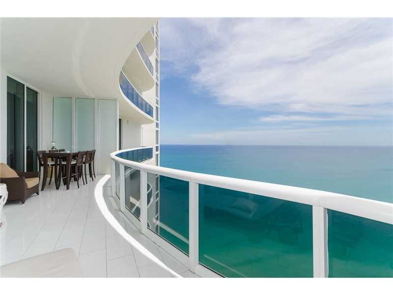 15811 Collins Ave # 3807, North Miami Beach, FL 33160