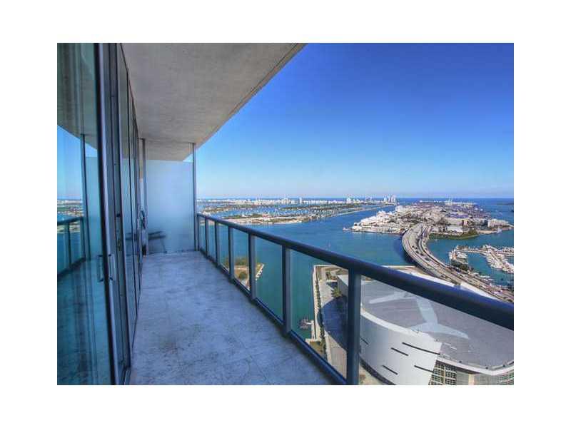888 Biscayne Bl # 4404, Miami, FL 33132
