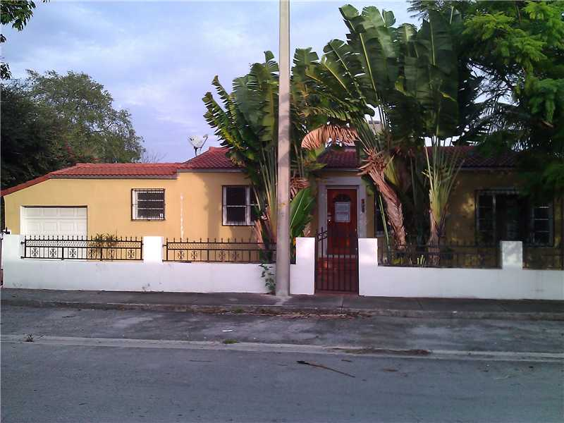 591 Nw 49th St, Miami, FL 33127