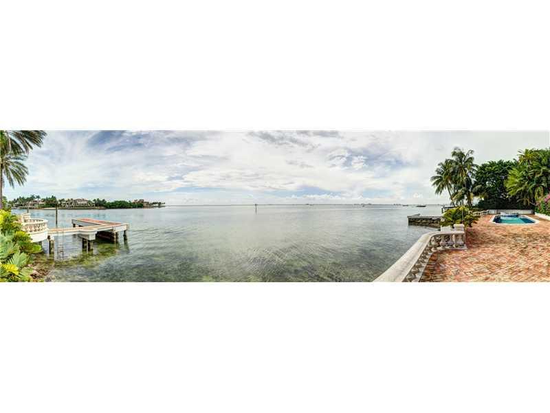 22 Harbor Pt, Key Biscayne, FL 33149