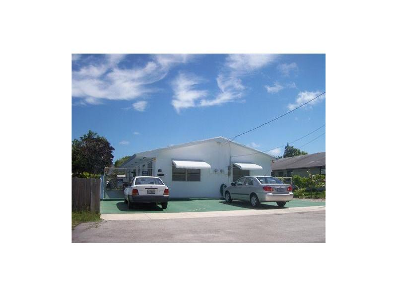 218 Se 9th St, Hallandale, FL 33009