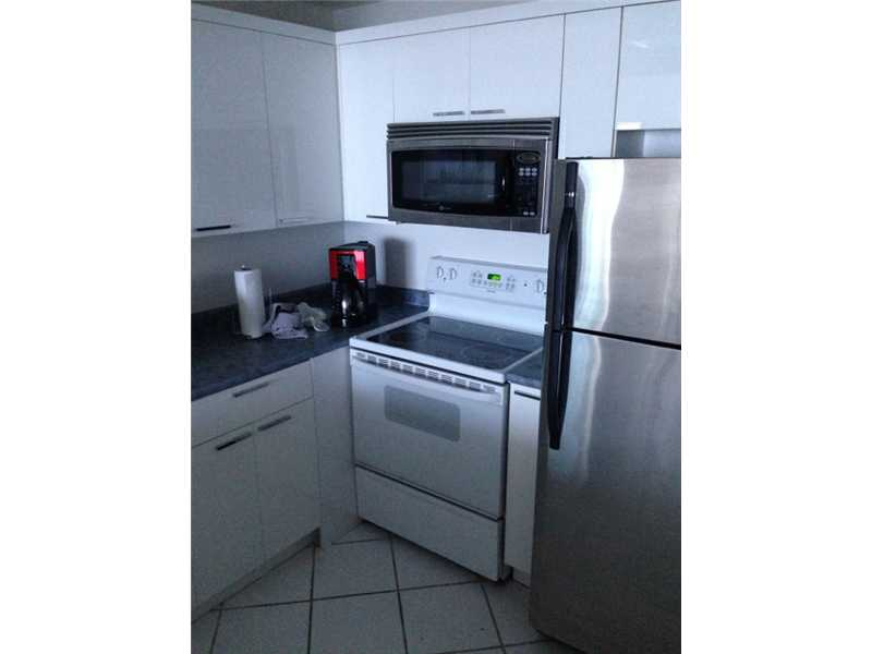 Real Estate for Sale, ListingId: 33270373, Miami Beach,FL33139