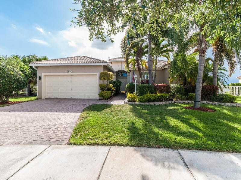 1092 NW 139th Ter, Pembroke Pines, FL 33028