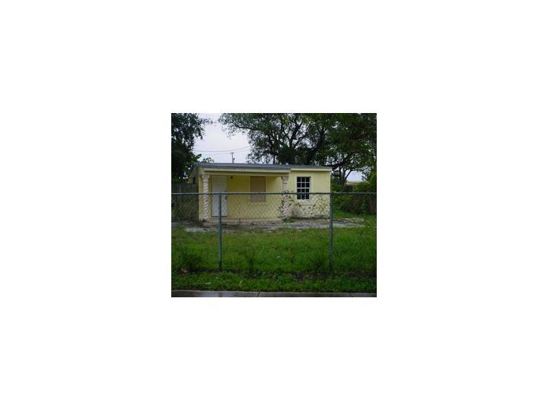 14275 Nw 21st Ct, Opa Locka, FL 33054