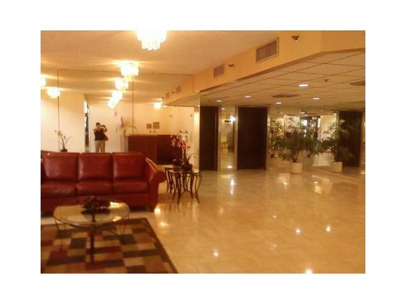 Real Estate for Sale, ListingId: 28200346, Hollywood,FL33021