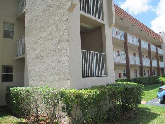 8880 Sunrise Lakes Bl # 101, Fort Lauderdale, FL 33322