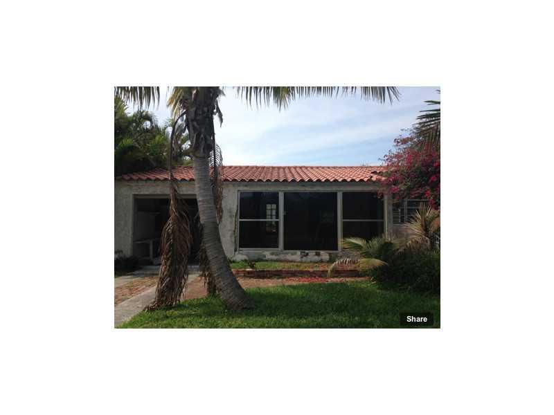 9000 Abbott Ave, Surfside, FL 33154