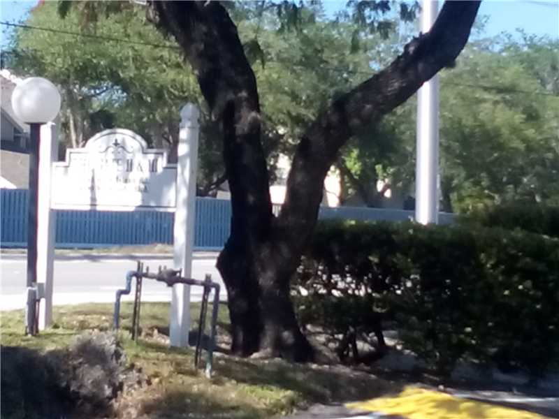6195 Rock Island Rd # 114, Fort Lauderdale, FL 33319