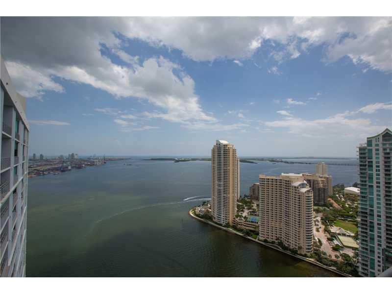 325 S Biscayne Bl # 4326, Miami, FL 33131