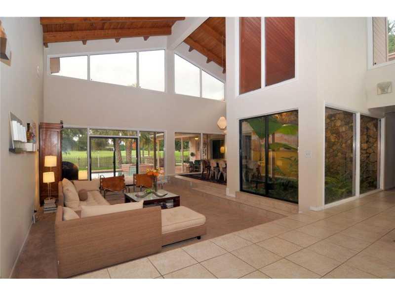 Real Estate for Sale, ListingId: 28519775, Hollywood,FL33019