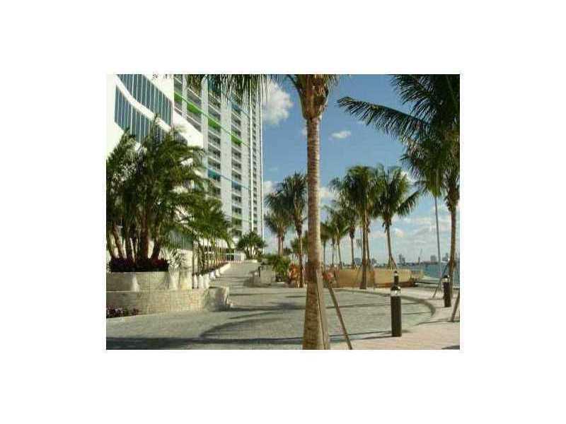 325 S Biscayne Bl # 1818, Miami, FL 33131