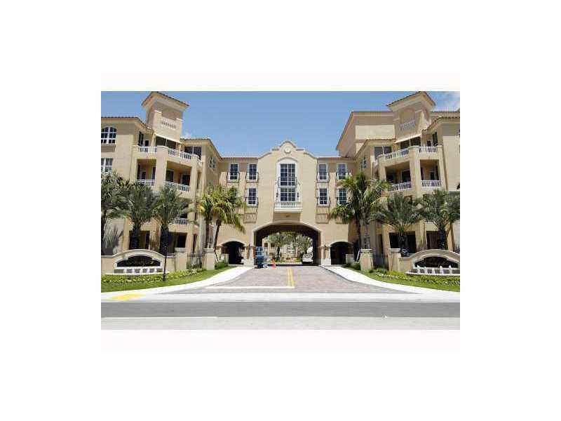 3001 NE 185 St # 228, Miami, FL 33180