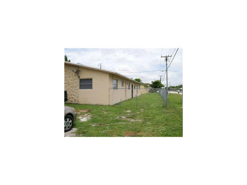 3601 SW 14th St, Fort Lauderdale, FL 33312